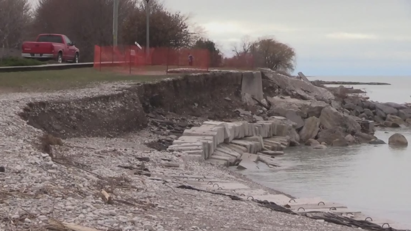 Goderich shoreline closing for erosion repair work