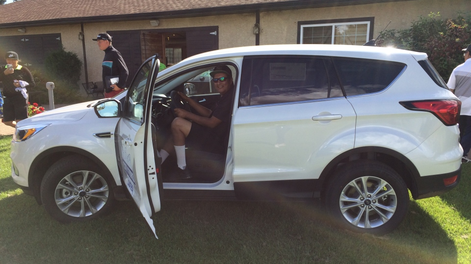 Percy Potts, hole in one, golf, SUV