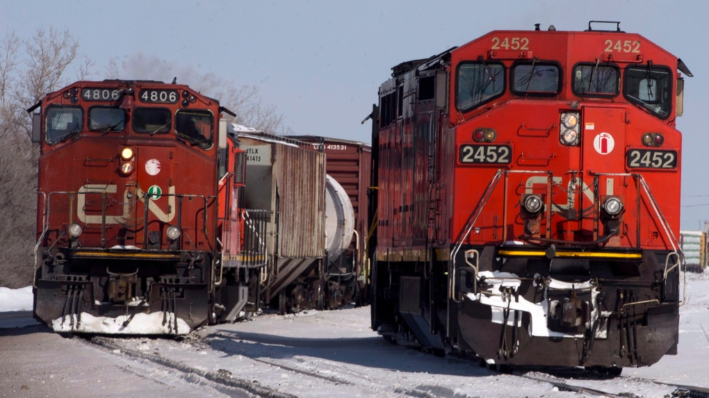 Canadian Pacific locomotive engineer killed in railyard accident -union