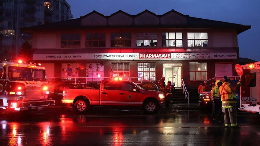 Emergency crews respond to a carbon monoxide leak at a Pharmasave in Pitt Meadows, B.C. on Dec. 3, 2019.