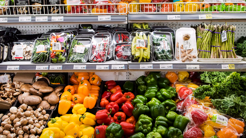 Produce is shown in a grocery store in Toronto on Friday, Nov. 30, 2018. (Nathan Denette / THE CANADIAN PRESS)