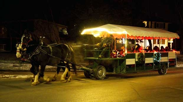 Wagon ride coming down Booth Drive. Photo by Neil Longmuir.