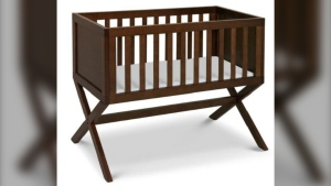 The DaVinci 'Bailey' Bassinet is seen in this image. (Health Canada)