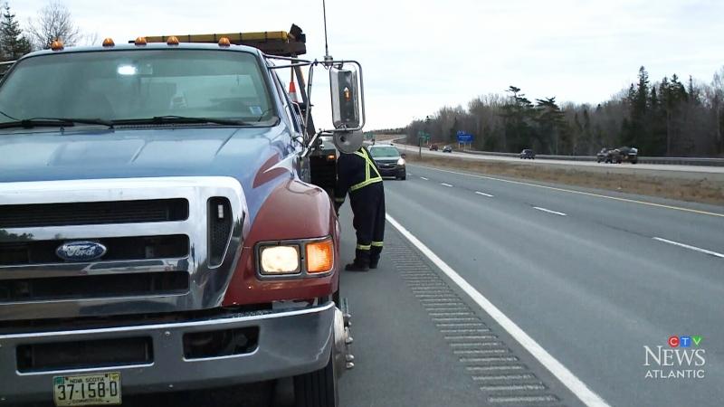 Cape Breton RCMP sound alarm over move-over law