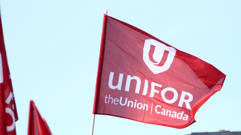 A Unifor flag seen at a Rally in Regina. (Brendan Ellis/CTV News)