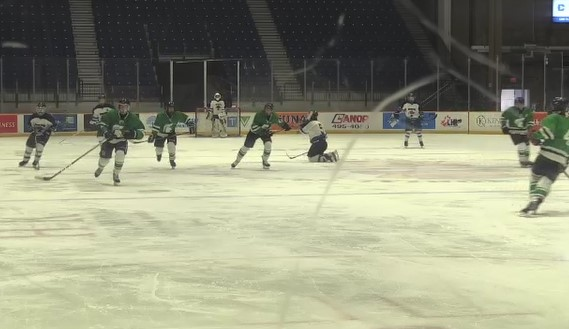 Minor hockey organizers in North Bay raise concession and WI-FI concerns