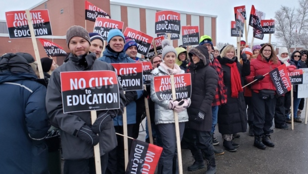 The 60,000 members of the Ontario Secondary School Teachers Federation could go on another one-day strike on Dec. 11. (OSSTF District 24/ Twitter)