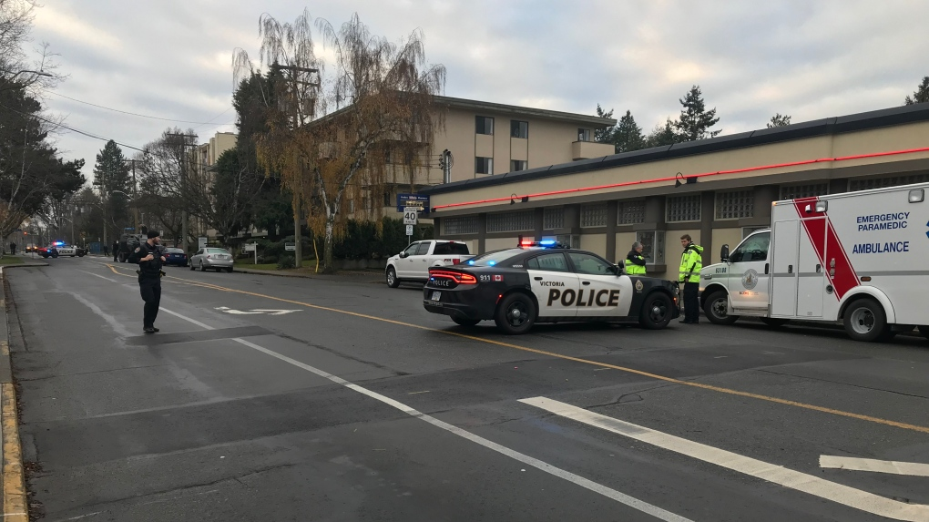 Man arrested after standoff with police at Victoria apartment