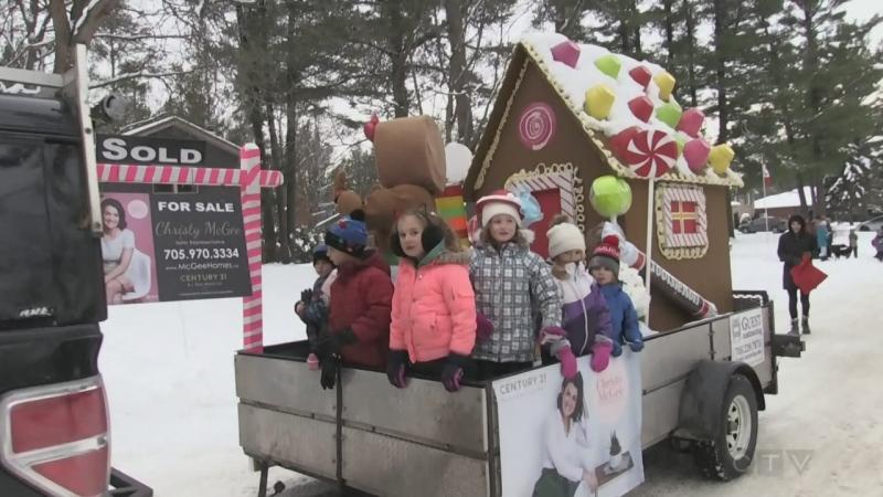 Anten Mills Santa Claus Parade