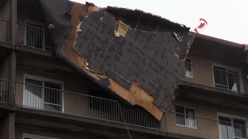 Wind tears off roof of Saint John apartment