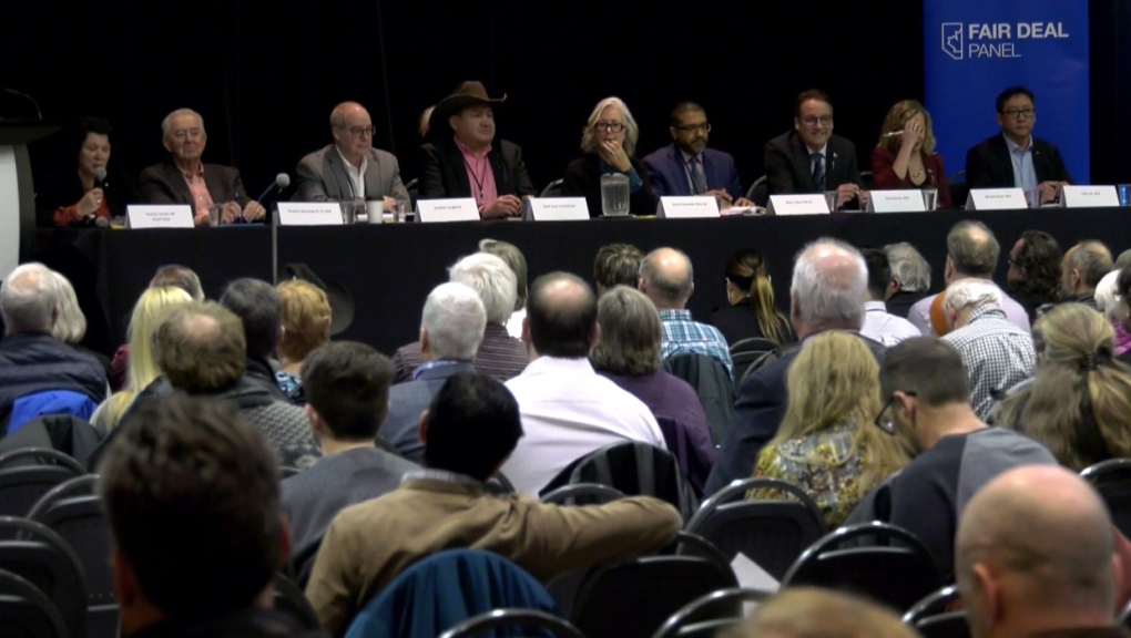 'Fair Deal Panel' town hall in northeast Calgary draws more than 500 people