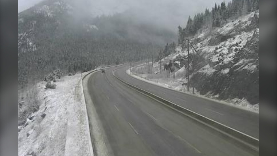 Snow seen on the Coquihalla Wednesday morning about 7 kilometres north of Zopkios Brake Check, looking south. (Drive BC)