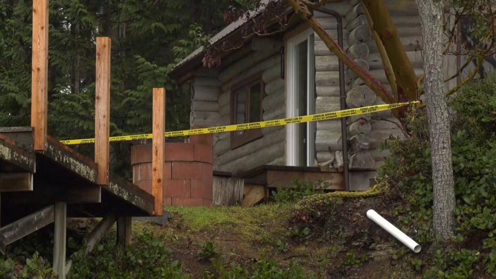 3 people dead in Gabriola Island, B.C. plane crash