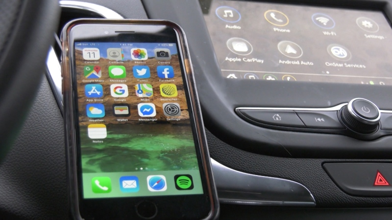 Court throws out distracted driving ticket