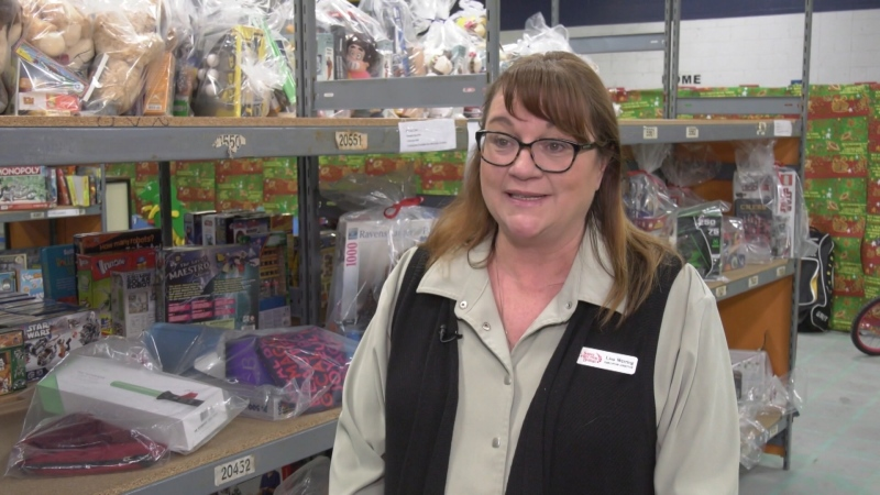 Thieves steal from Christmas bureau