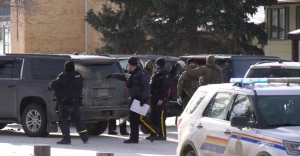 RCMP are seen in Kindersley on Dec. 12, 2019. (Laura Woodward/CTV Saskatoon)