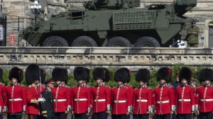 Chief of Defence Staff Jonathan Vance inspects the troops during a change of command parade on Parliament Hill Tuesday, August 20, 2019 in Ottawa. Adrian Wyld / THE CANADIAN PRESS