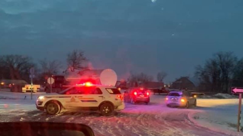 RCMP respond to a fatal crash on the Perimeter Highway in Winnipeg, Man., on Dec. 13, 2019 (Supplied: Dahlin Monias)