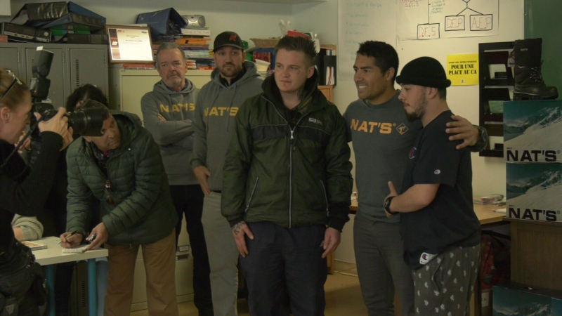 Former pros Francis Bouillon, Gilbert Delorme and Mathieu Dandenault dropped by Dans La Rue to share stories and give back to teens in tough situations.