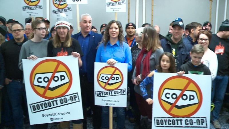 Unifor calls for Co-op boycott amid labour dispute