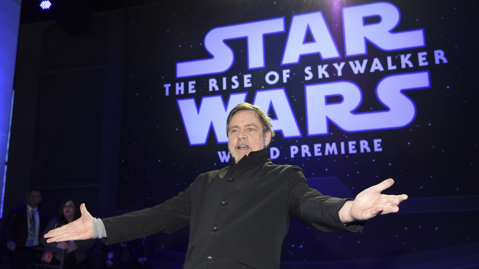 Hamill at 'The Rise of Skywalker' premiere