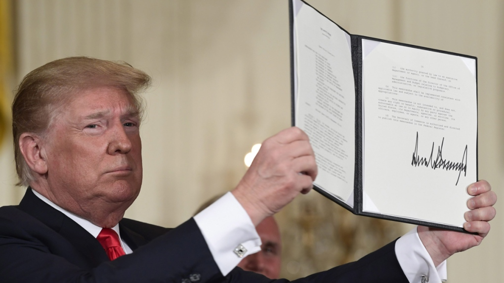 Trump holds up the space policy directive