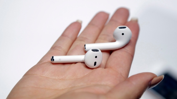 The Disappointment Is Real For People Who Got Fake Airpods For