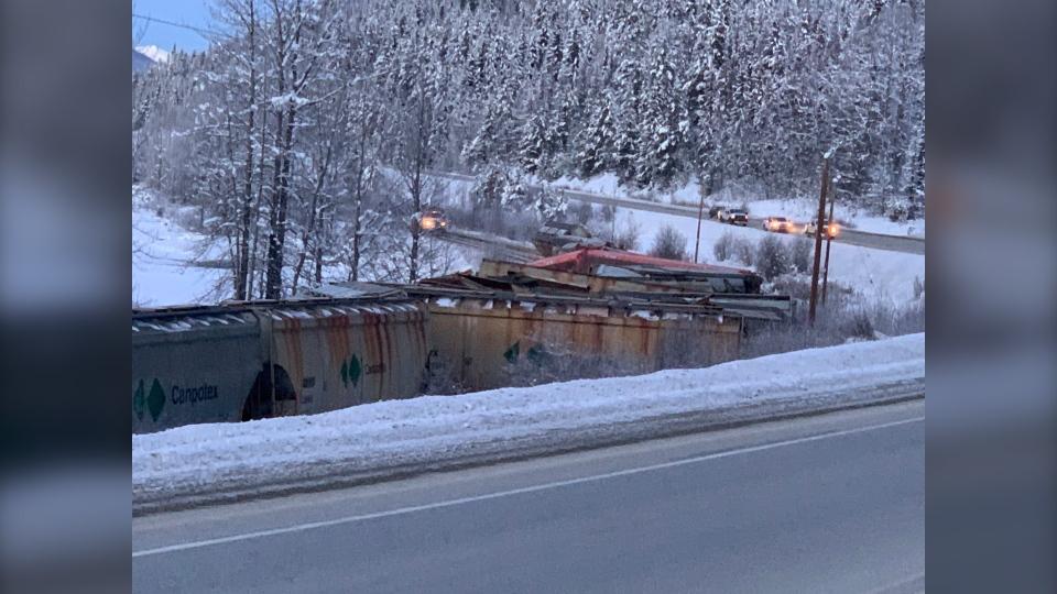 train derailment, Dec. 26 2019, CN, Fraser