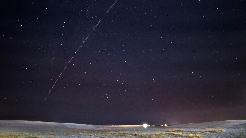 SpaceX Starlink Satellites Timelapse