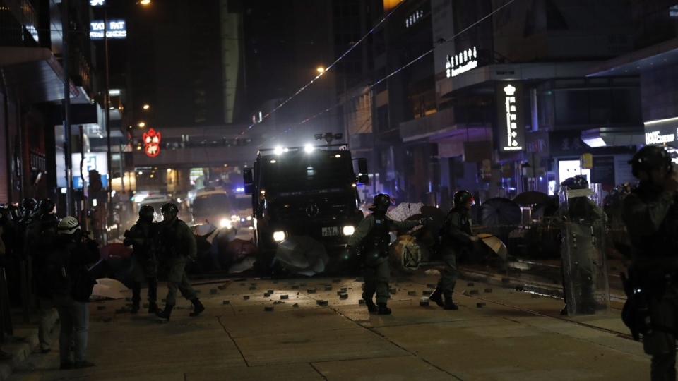 Police remove barricades in Hong Kong