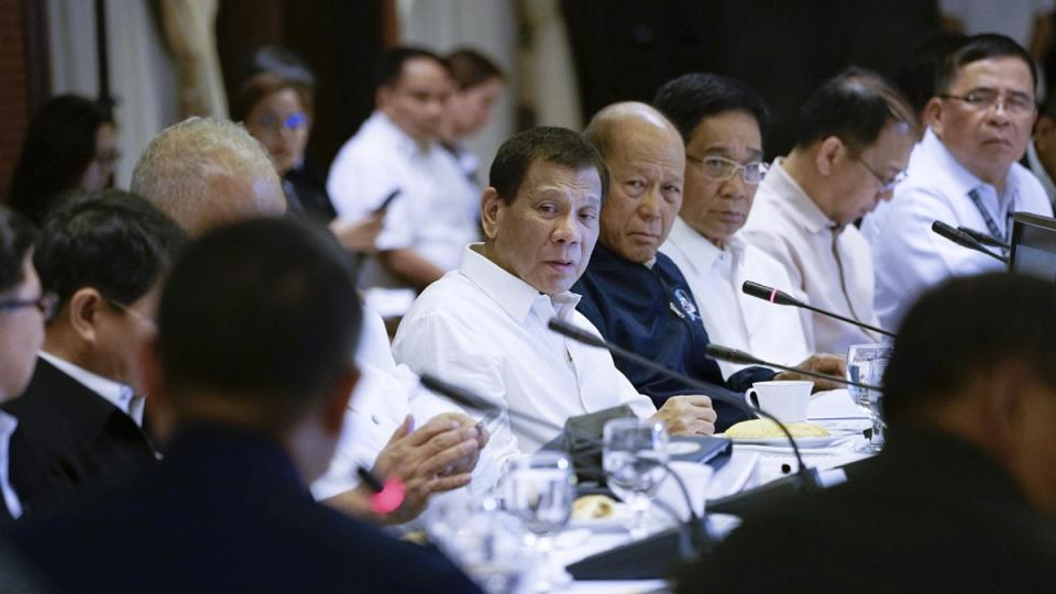 Philippine President Rodrigo Duterte, centre