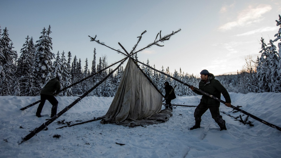 Supporters of the Wet'suwet'en hereditary chiefs and who oppose the Coastal GasLink pipeline set up a support station at kilometre 39, just outside of Gidimt'en checkpoint near Houston B.C., on Wednesday Jan. 8, 2020. (Jason Franson / The Canadian Press)