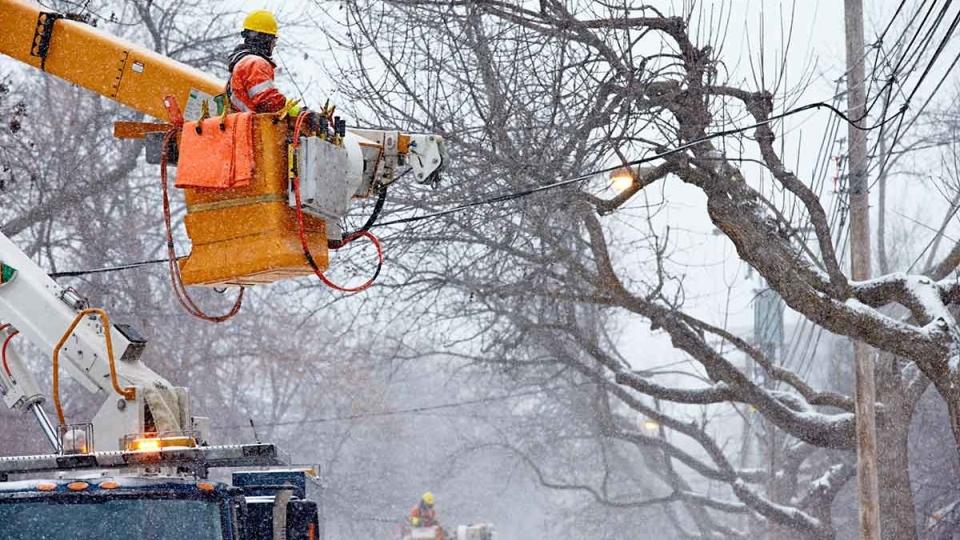 Hydro Quebec crews work to restore power