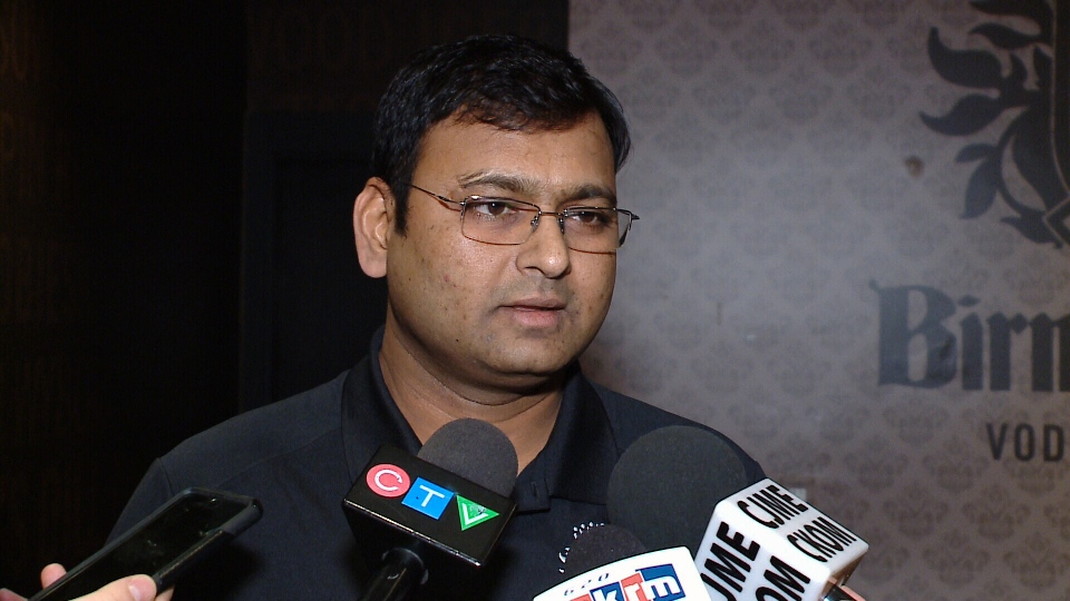 Kalpesh Patel says he was incorrectly identified as scab worker in a Unifor advertisement.