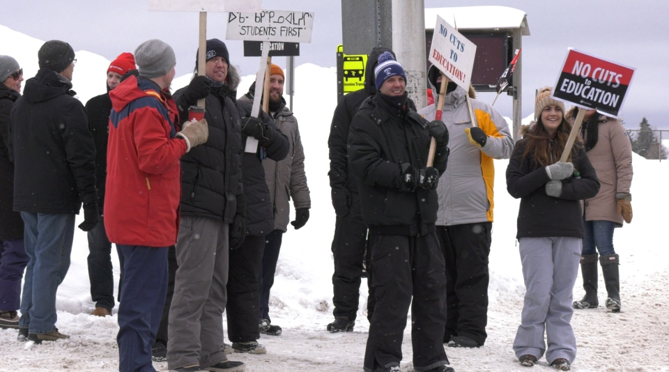 Education workers in Timmins hit the picket line in the newest round of rotating walkouts against the Ford government's proposed changes Jan. 15, 2020 (Lydia Chubak/CTV Northern Ontario)