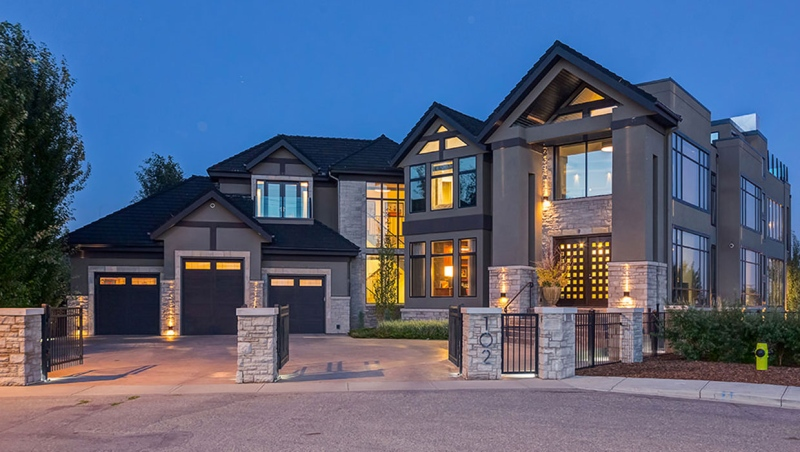 This ultra-luxury property, in Calgary's Crescent Heights community, sold last month for the highest price the city has seen since Jan. 2015. (Supplied/Sotheby's International Realty)