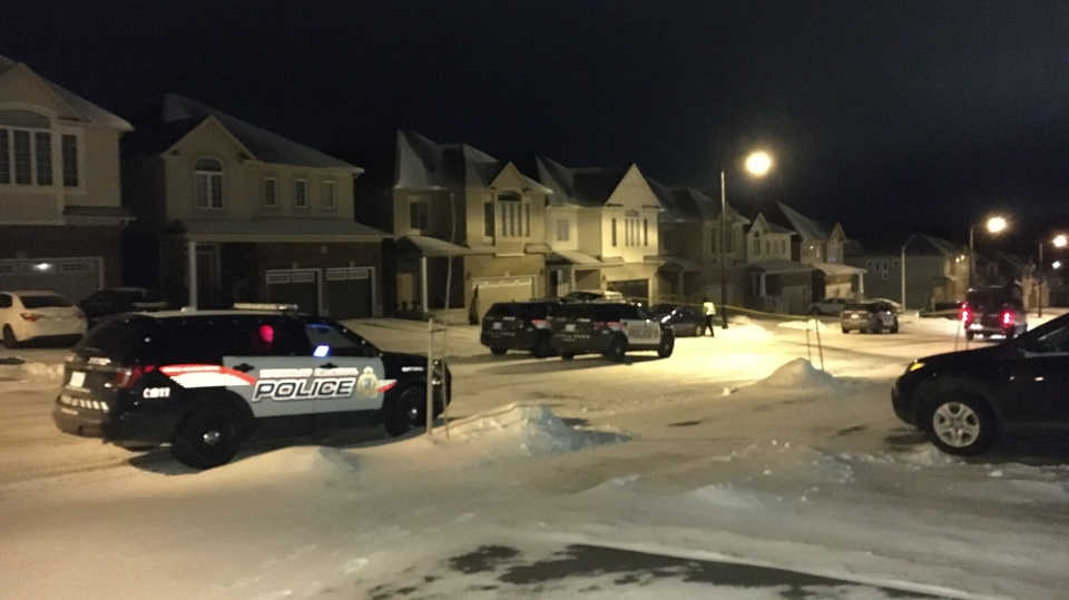 Waterloo Regional Police investigate an apparent shooting on Beechdrops Drive in Waterloo (Terry Kelly/CTV Kitchener).