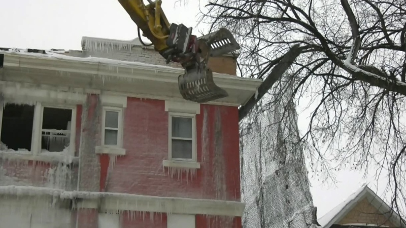 City starts on historic building demo