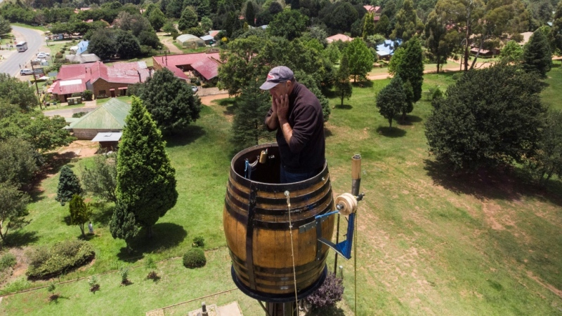 Two decades on from his initial effort, Vernon Kruger, 52, is on the verge of smashing his record for sitting in a pole 25 metres above the ground.