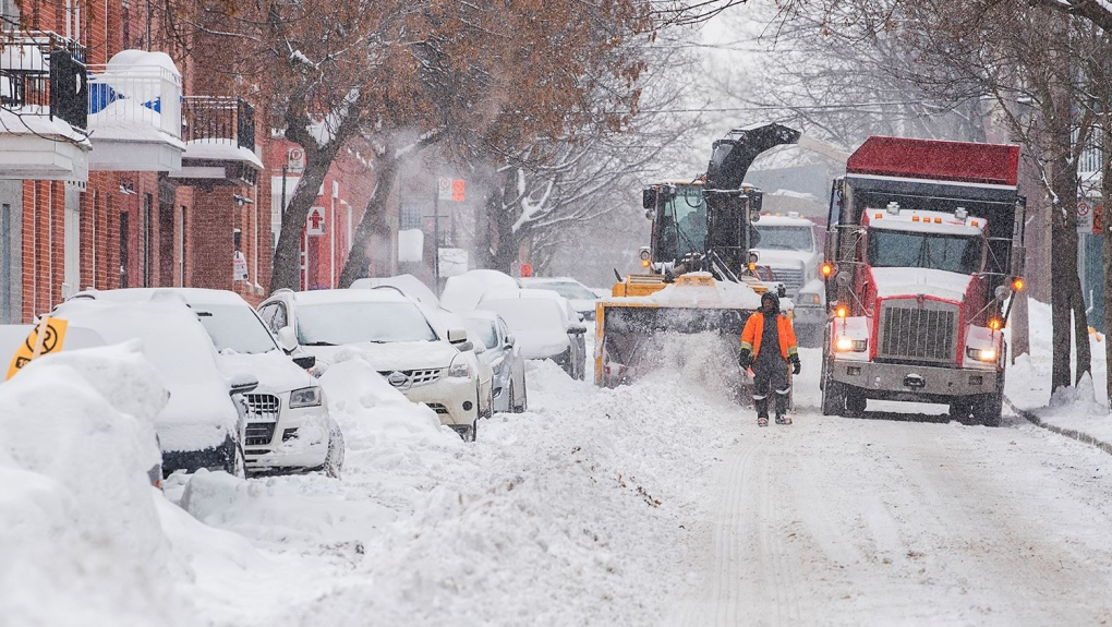 Montreal snow removal operations to begin Sunday night