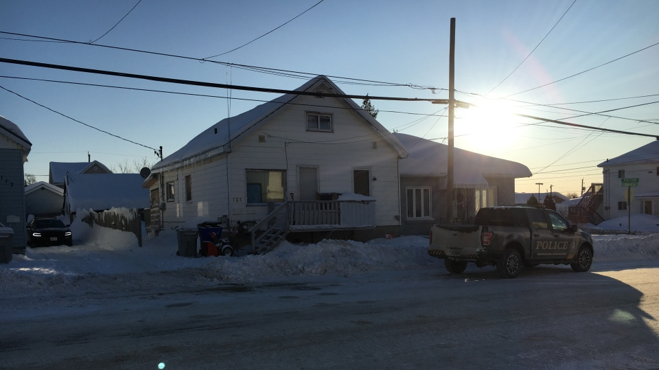 Timmins Police on the scene at 123 Commercial Avenue Sunday afternoon (Lydia Chubak/CTV Northern Ontario)