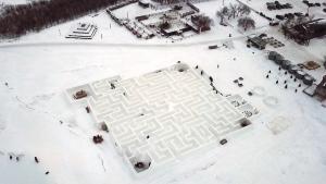 snow maze/22527955.jpg
