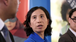 Canada's Chief Public Health Officer Dr. Theresa Tam, centre, in Ottawa on April 26, 2019. (Justin Tang / THE CANADIAN PRESS)