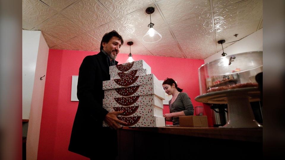 Justin Trudeau at Oh Doughnuts