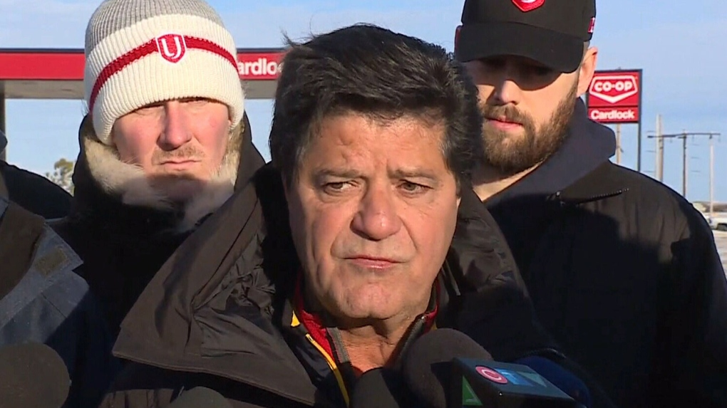Unifor national president to address Co-op Refinery labour dispute this morning