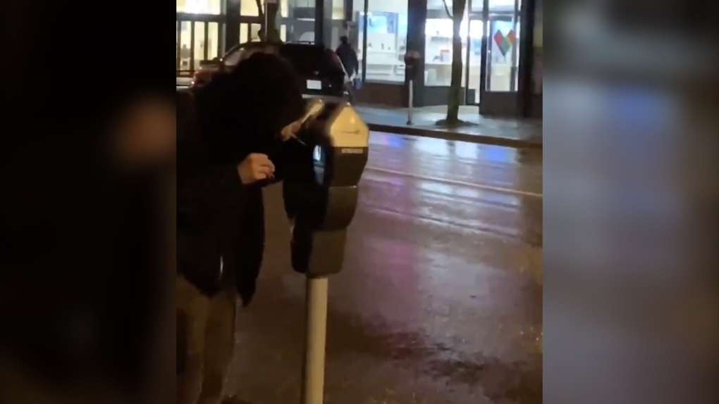 Man arrested after appearing to tamper with Vancouver parking meter