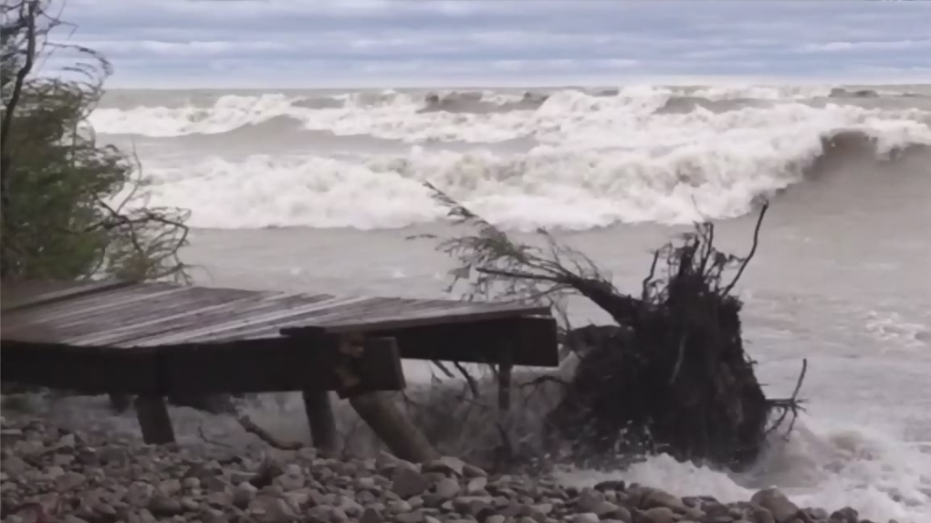 Georgian Bay rising water levels 'pretty unnerving'