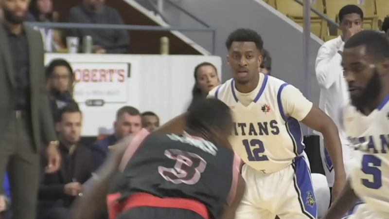 Kitchener man plays pro basketball for hometown