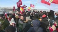 Union members rally at Co-op Refinery