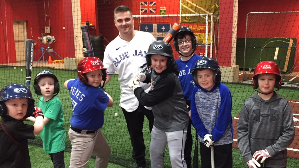 A good 'catch' for St. Thomas: Blue Jays' player in town for hitting clinic